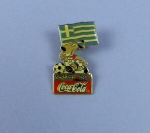 World Cup USA 1994 Coca Cola Pin Badge - Mascot With Flag of Greece - Unused