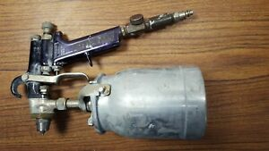 Vintage Binks Model 7 Paint Spray Gun With 1 Qt Canister And Nozzle Spray Gun