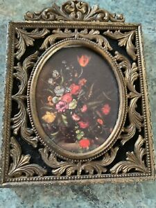 Vintage Estate Brass Ornate Oval Picture Frame Wall