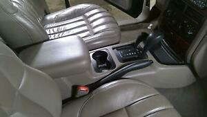 00 04 Jeep Grand Cherokee Center Floor Console Taupe With Lid