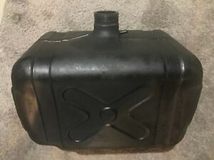 John Deere 850 Compact Utility Tractor Fuel Gas Tank Ch18197