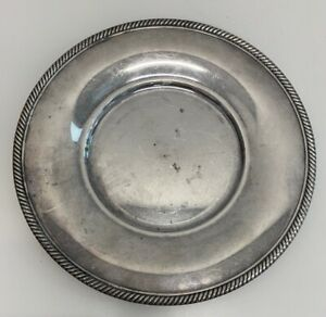 International Silver Company Plate 673 Measures 10 25 Inches Across