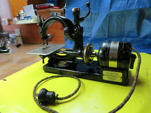 Vintage Willcox And Gibbs Sewing Machine No Foot Control Or Case