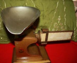 Vtg 1915 Pelouze Computing 2lbs Candy Scale Drug Store Old Brass Chicago W Scoop