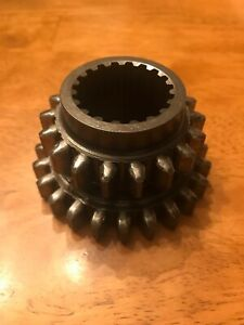John Deere 850 950 Compact Utility Tractor Transmission Drive Shaft Gear Ch11921