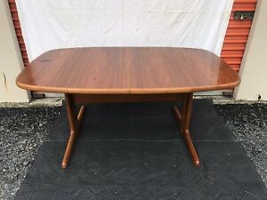 Teak Danish Mid Century Dining Table Skovby Mobelfabrik Made In Denmark