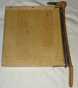 Vintage Ingento 1132 12 X 12 Maple Cast Iron Guillotine Cutter Paper Trimmer