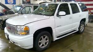 01 06 Yukon Denali Escalade Front Differential Carrier 3 73 Awd