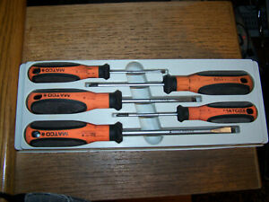 Matco Tools 5 Piece Orange Screwdriver Set With Tray