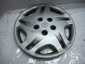 2001 Toyota Camry Ce A t Wheel Cover Hub Cap Assembly 3 Oem 2000