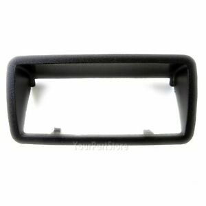 94 04 Chevy S10 Sonoma Pickup Truck Plastic Tailgate Handle Bezel Trim Casing