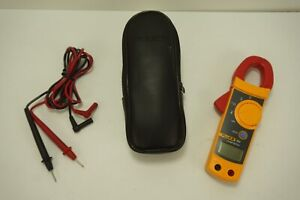 Fluke 322 Digital Ac Clamp Meter Includes Case Probes works Needs Batteries