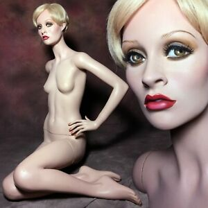 Rare Female Mannequin Freckles Full Size Petite Vintage Twiggy Lookalike Sitting