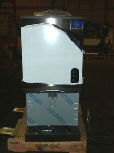 Manitowoc Countertop Air Cooled Nugget Ice Maker Water Dispenser Cnf0201a 161l