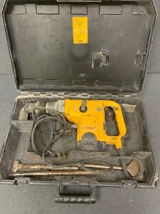 Dewalt D2550 Rotary Hammer Drill With Case And Bits