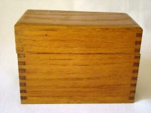 Vintage 1930s Dovetail Oak Wood File Or Recipe Box W Orig Index Cards
