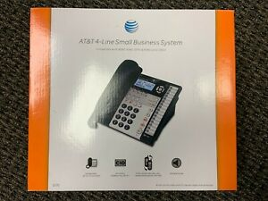Set Of 8 At t 4 line 1070 Small Business System