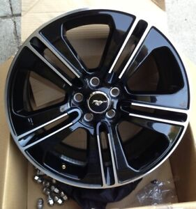 2013 Ford Mustang Gt Cs Wheels Set Of 4 2 Tires Included