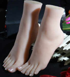 Top Quality Silicone Female Feet Mannequin Arbitrarily Posed bent soft Size 38