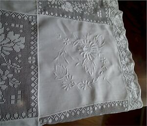 Lovely Vintage Ornate White Linen Filet Lace Embroidered Tablecloth 90 By 70