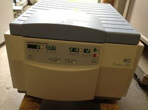 Iec 120 Centra Cl3 Centrifuge Powers With Rotor Buckets
