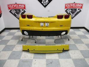 2010 2013 Chevrolet Camaro Ss Oem Rear Bumper Assembly W Park Assist Ud7 Yellow