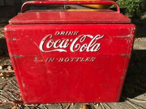 Coca Cola red vintage cooler product of Cavalier corporation Tennessee