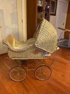 Vintage Victorian Wicker Baby Or Doll Carriage Stroller With Adjustable Canopy