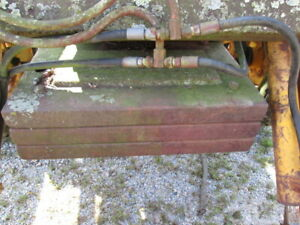 Counterweights And Bracket For John Deere 1010 With 710 Loader