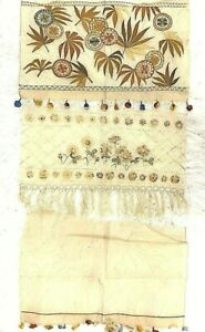 Antique Victorian 1800 S Hand Stiched Embroidered Trimmed Edges Doilies