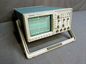Tektronix Tds 420a Four 4 Channel Digitizing Oscilloscope