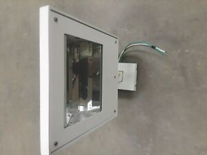 Qty 17 Sterner Wall Bracket Mounted Flood Fixture Listed For Wet Locations