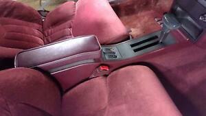94 Oldsmobile Cutlass 2dr Center Floor Console Assembly Ruby Red
