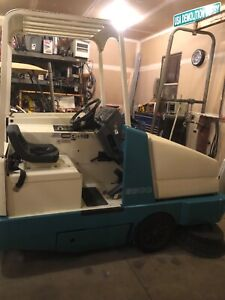 Tennant Sweeper 6500 Propane Work Ready Fresh Fluids Brushes And Filter Work