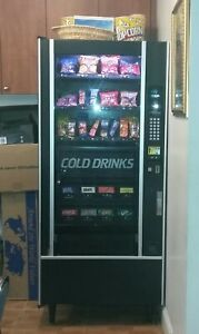 Vending Machine Soda Snacks Used Good Condition 1 Bill And Coin Changer