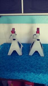 Local Pick Up Only Pair Of Larin Jack Stands Buy The Set Get 1 Jack Free