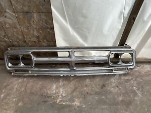 1967 72 Gmc Grille Assembly Chrome Headlight Bezels Used Truck Pickup Original