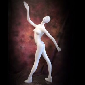 Patina V Mannequin Moves White Gloss Full Size Female W Head Modern Abstract