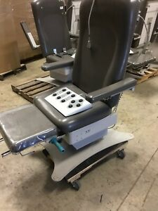 Umf Medical 5016 Power Exam Podiatry Chair Table