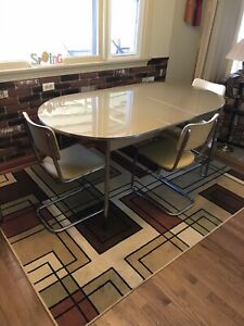 Vintage 1950 S Mid Century Modern Chrome Kitchen Table By The Howell Co