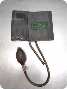 Welch Allyn Tycos Sphygmomanometer Blood Pressure Cuff 247189