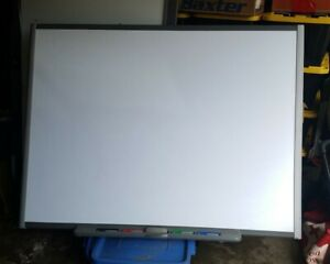 Lot Of 8 Smart Sb680 77 Smartboard Interactive White Board Some With Trays