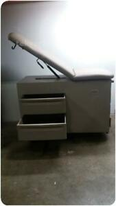 The Brewer Company 4000 Medical Exam Examination Table 239197