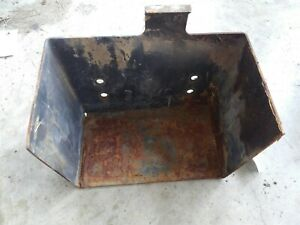 Kubota Zd 18 Zd 21 Zd 25 Zd 28 Battery Box Mount K3111 61432