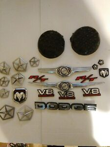 Chrysler Car Emblem Lot