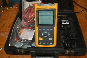 Fluke 43b Handheld Power Quality Analyzer Scope Meter W Current Probe And Leads
