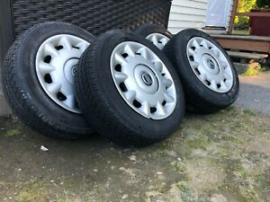 4 Used Gt Radial Champiro Tires 195 60 R15 88t Studless All Season