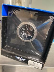 New In Box Stewart Warner Deluxe Oil Temperature Gauge 82395 72