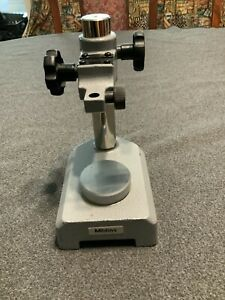 Mitutoyo No 7004 Indicator Stand Comparator