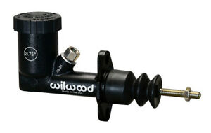 Wilwood Master Cylinder Girling Style Compact 0 750 In Bore Integral Reservoir